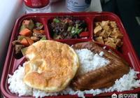 多數人不願在高鐵上買盒飯,僅僅是因為貴嗎?