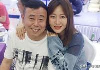 潘長江女兒,趙本山女兒,李琦女兒,都沒有被稱為醜男的他女兒美