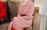 凍齡美女趙雅芝穿上紅色衣服,網友:顏值還在,氣質碾壓抖音網紅