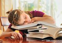 培養孩子閱讀興趣,80%家長都錯了,正確做法是激趣而不是造趣