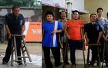 殘疾硬漢撐著板凳創業年入50萬 帶百名殘疾人致富