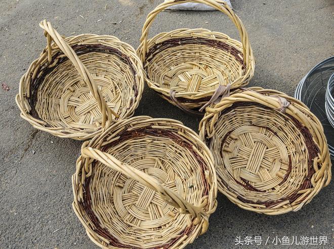 農村大集農民大爺50年老手藝做的稀罕物50元一個,兩天做一個