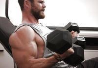 肌肉男神雷神索爾《復聯4》裡肥嘟嘟的肚腩是如何養成的