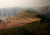 甘肅大堡子山秦公大墓被盜,考古專家說,以前從未發現這樣的金器