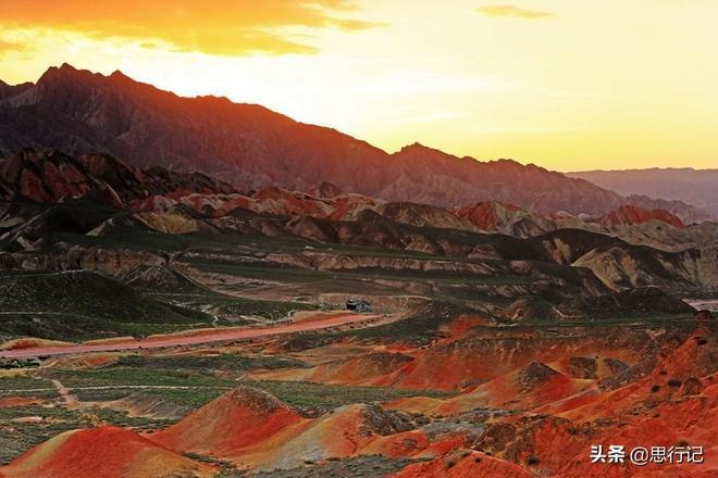 甘肅張掖丹霞這個4A級景區成為網紅打卡地,包含觀光車門票75元