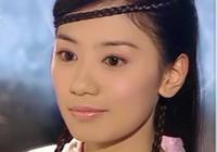 張無忌明明很喜歡周芷若,最後為什麼要拋棄她,他更喜歡趙敏嗎?