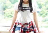 人像攝影:在日本格子裙倚窗秀影