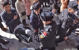 王俊凱來了 北京電影學院萬人空巷