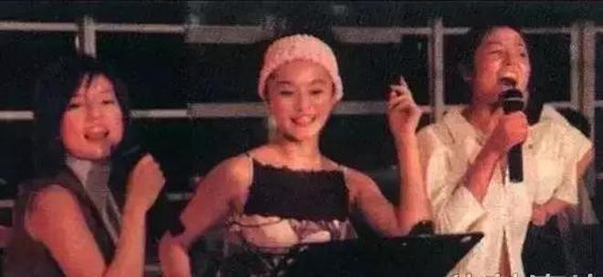 范冰冰,劉亦菲,郭敬明等明星尷尬的舊照,求攝影師陰影面積!