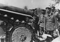 """日本侵略了一座小島,為何氣得希特勒大罵日本天皇:""""豬!""""?"""