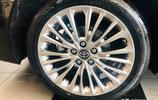亞洲龍頂配到店實拍,碳晶棕色車身十分大氣,看過都說比凱美瑞強