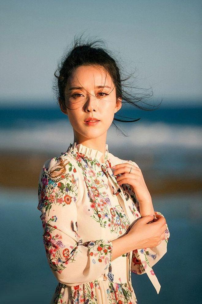 曾榮獲中國電影表演藝術學會金鳳凰獎的顏丹晨