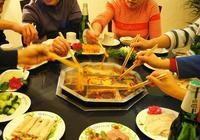 糖尿病人吃火鍋,這5種菜品不要點,不然血糖飆升就晚了!