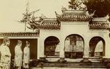 她拍攝的照片,讓我們一窺19世紀末的寺廟建築