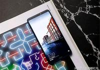 2018年的3款巨屏手機:5000mAh+良心價,榮耀贏了!
