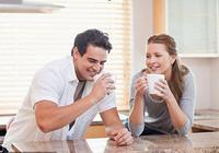 早晨空腹喝水很養生?錯!忽視這3種重要原因的人,喝了等於白喝