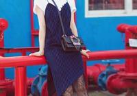 現在這種揹帶裙最好看,迪麗熱巴把裙子剪成兩層,少女又清新!