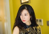 22歲獨闖香港,後嫁大8歲實力星二代淡出娛樂圈,如今成人生贏家