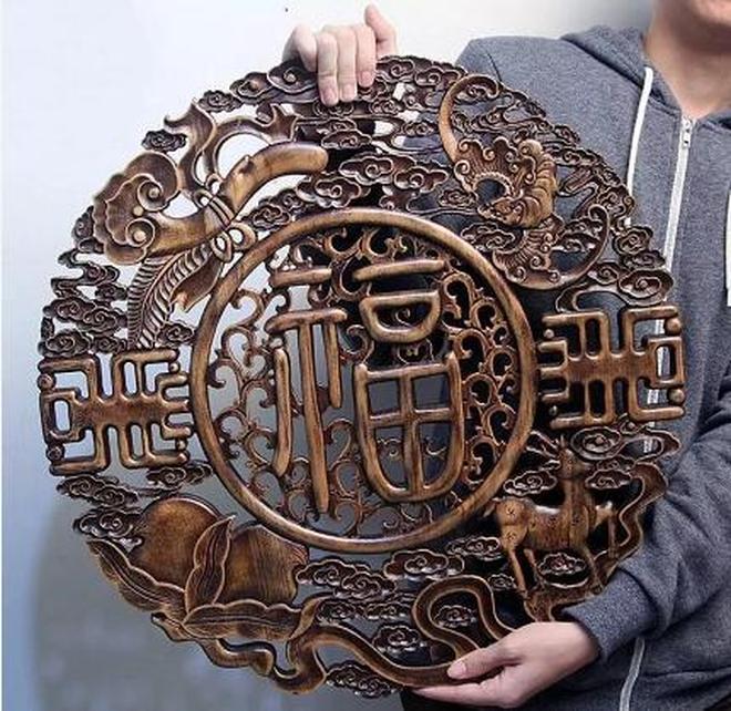 這種木雕你要是不買回家,那真的是太可惜了,都對不起設計師
