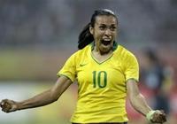 """巴西女足的瑪塔,穿裙子的""""貝利"""""""