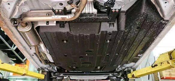 本田車和豐田車差距多大?同時拆開卡羅拉和鋒範!