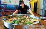 """讓老外""""喜笑顏開""""的中國大盆菜"""