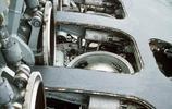 美國海軍俄克拉何馬城號的Mk-45垂髮系統裝填戰斧導彈