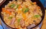 酸奶油燉蘑菇,蘑菇魚煮洋白菜卷,奶酪烤蘑菇