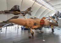 圖解英國掠奪者攻擊機