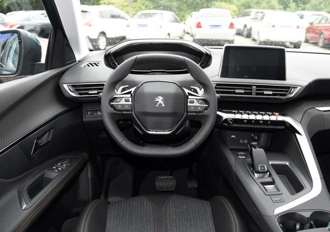 汽車圖集:標緻-5008