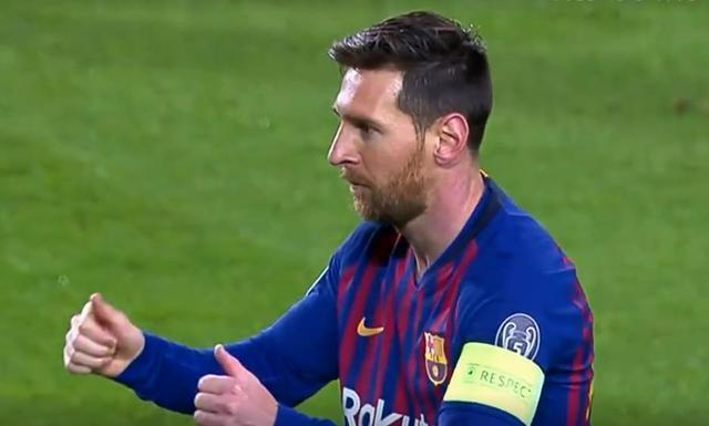 半場-梅西勺子點球破門庫蒂尼奧建功 巴薩暫2-0里昂
