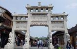 貴州這座最美古鎮,五一美女如雲人氣火爆,昆明重慶人坐高鐵來玩