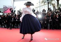 人間Dior範寧 從甜美小公主到優雅法式女郎,Elle Fanning 做到了