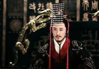 少年天子劉徹跟竇太后鬥法,他想結束老人政治,卻被竇太后打臉