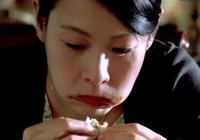 不是所有演員都假吃,楊蓉吃20只烤鴨,趙麗穎胖8斤,蔣欣吃到吐