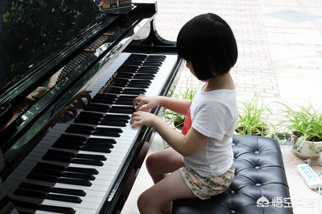 女寶寶幾歲上幼兒園比較合適?