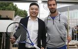 斯諾克與網球的碰撞,丁俊暉與加斯奎特互換禮物,網友:無界限!