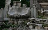您知道頤和園仁壽門前的兩個觀賞石底座是來自圓明園的遺物嗎?