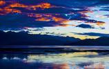 這個中國和克什米爾界湖,中國一方水草豐美、克什米爾卻寸草不生