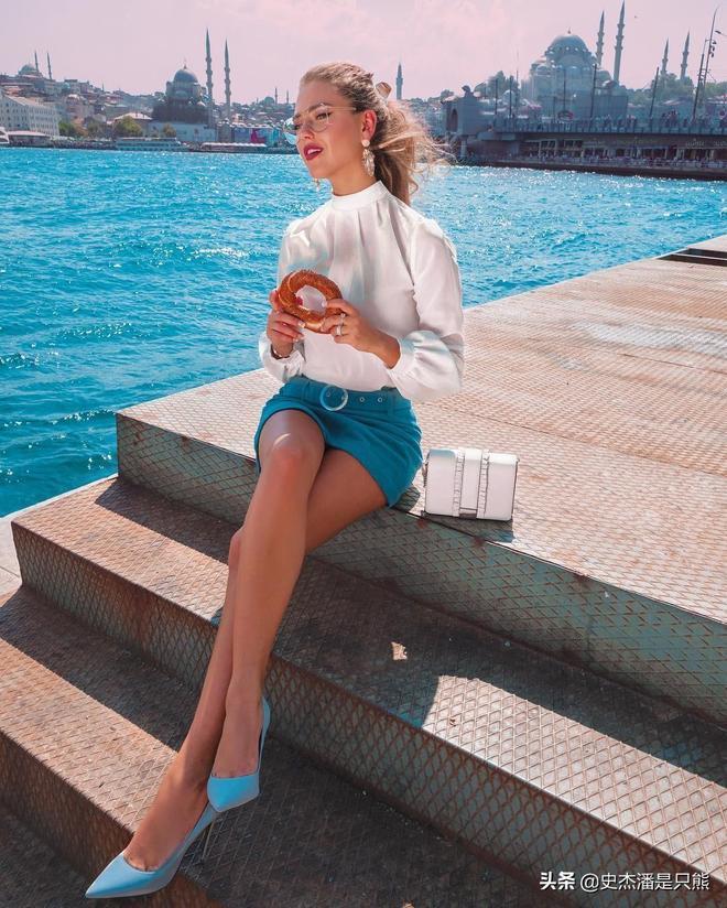 會拍照有多重要?這個俄羅斯女孩憑一組照片直接出名了