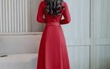 這種連衣裙最洋氣!越老越會穿,根本看不出年齡,保暖還顯瘦