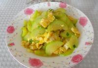 西葫蘆炒雞蛋,一道操作簡單的家常菜,吃起來清淡爽口有營養