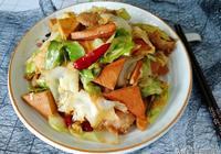 吃膩了手撕包菜,教你這個包菜的做法,味道香噴噴,好吃又下飯