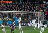 國家德比詭異一幕:皮球飛向皇馬球門 拉莫斯卻躲了