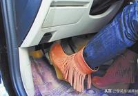 """空檔下一腳油門""""轟""""的踩到底,對我們的車到底會造成多大傷害?"""