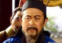 此人是三國奇才,他輕視劉備,辱罵張飛,但能力讓諸葛亮自愧不如