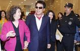 63歲朱時茂發福到認不出,網友看到了啥,老藝術家都被罵慘了?