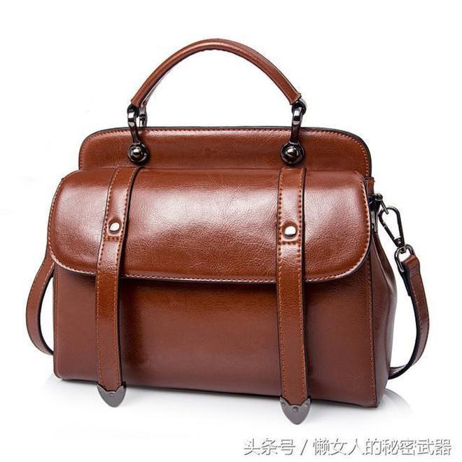 如此精緻的穿搭,少款包包怎麼行,百元小包包時尚百搭更實用