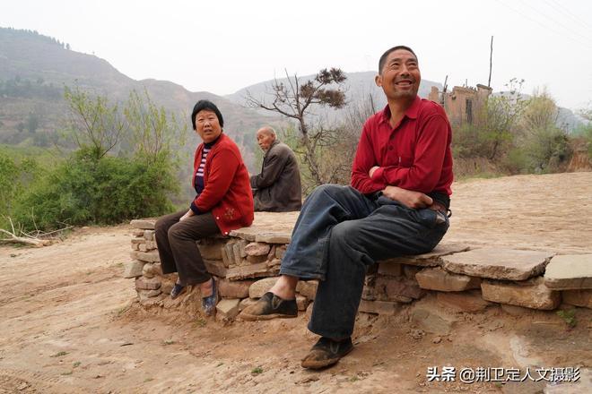 陝西農民大哥不住城市百萬房,留戀農村土院子,看他生活是啥樣