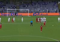 GIF-亞洲盃再現任意球世界波!門將真的盡力了